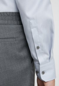 JOOP! - PANKO - Formal shirt - light grey - 3
