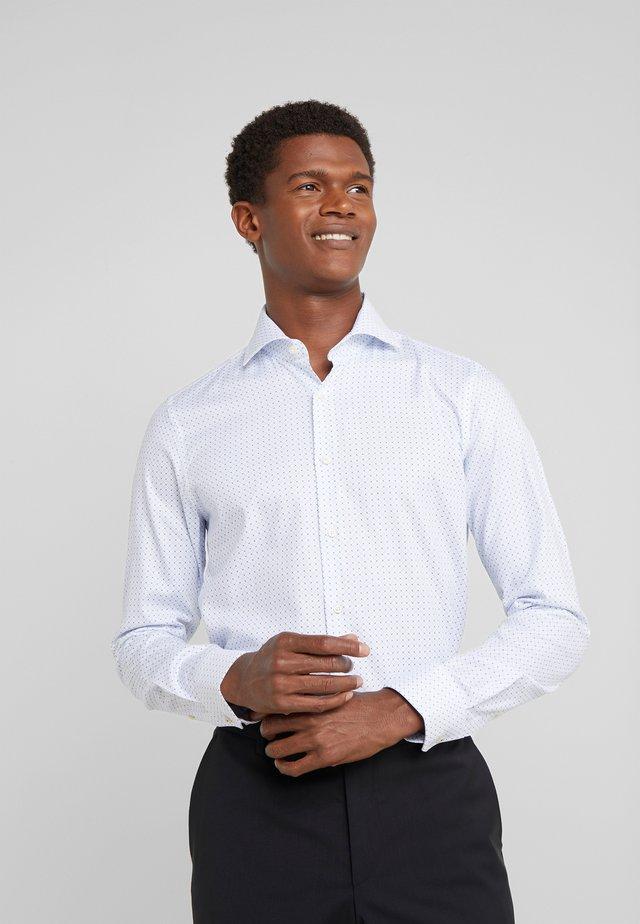 PANKO SLIM FIT - Koszula biznesowa - white/light blue