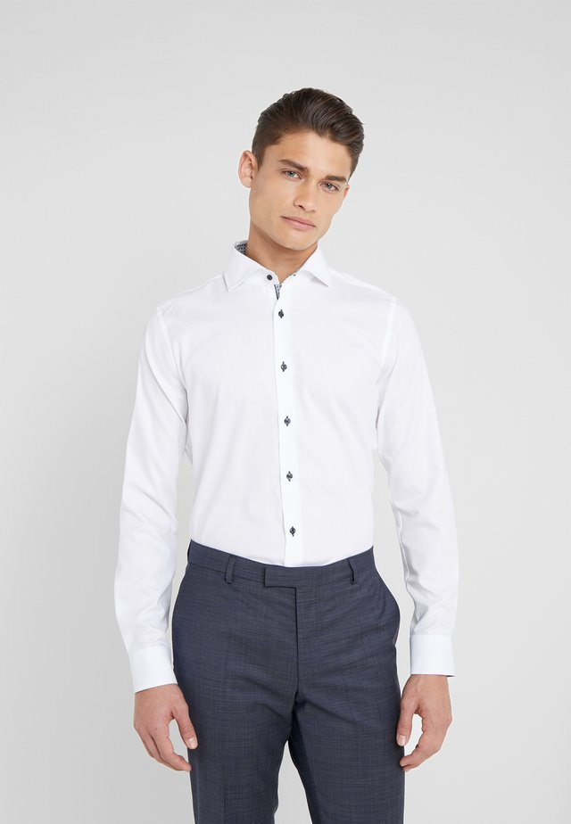 PANKOK SLIM FIT - Koszula biznesowa - white