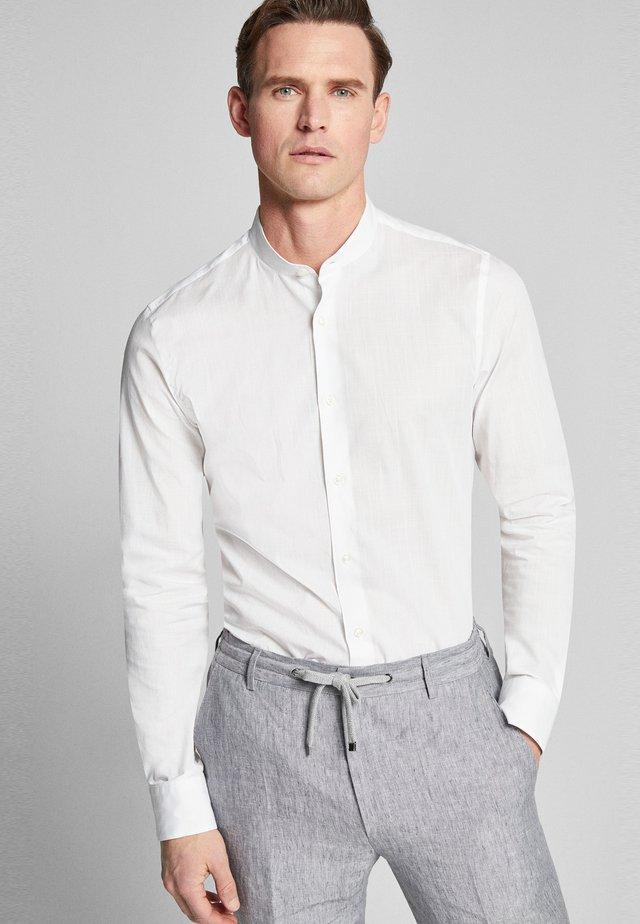 PRYOR - Shirt - white