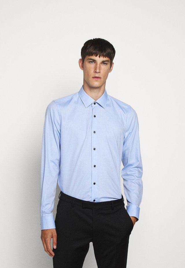 PIERRE - Koszula - pastel blue