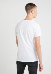 JOOP! Jeans - ALEX - Printtipaita - white - 2