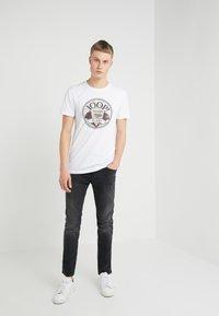 JOOP! Jeans - ALEX - Printtipaita - white - 1
