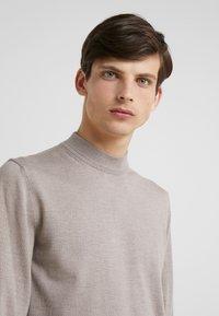 JOOP! - DAVIDE - Pullover - beige - 4