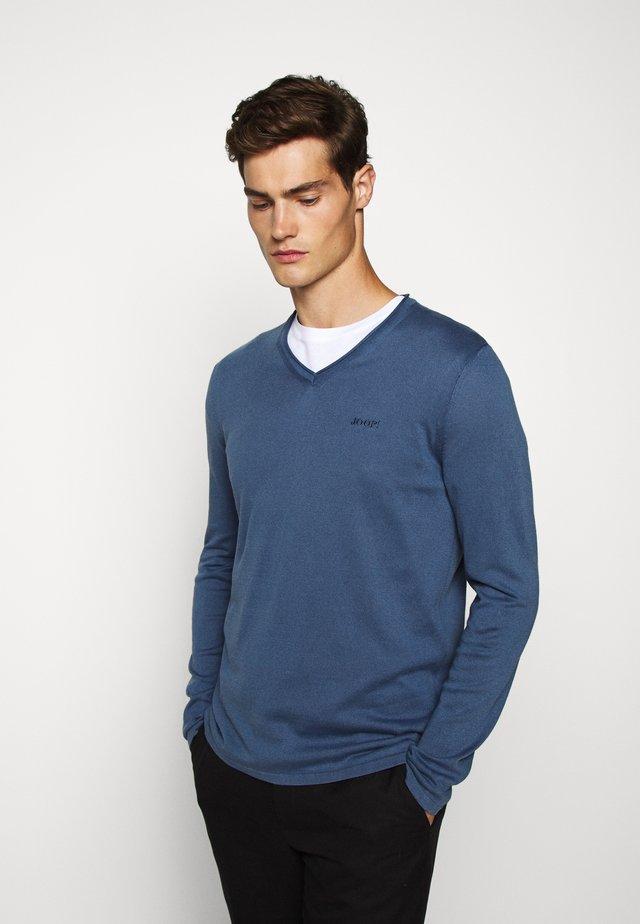 FAIK - Sweter - light blue