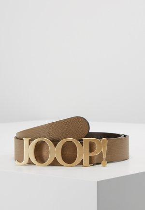 Pásek - torf