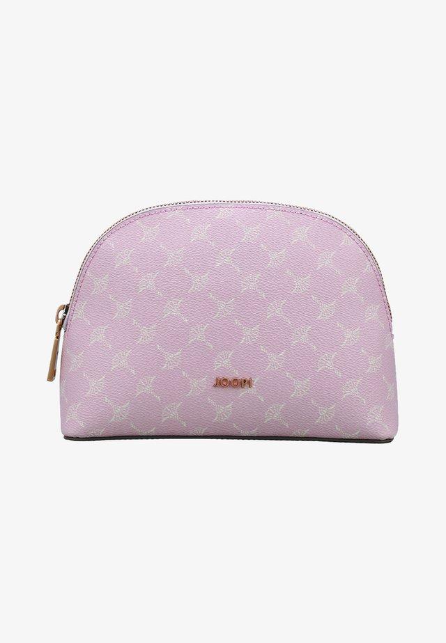 CORTINA MARISA  - Wash bag - pink