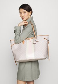 JOOP! - CORTINA DUE LARA - Tote bag - lightgrey - 1