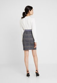 Josephine & Co - GRETA SKIRT - Minijupe - check navy - 2