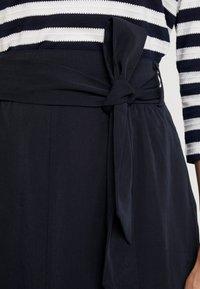 Josephine & Co - GARRY SKIRT - Áčková sukně - navy - 4