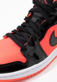 Jordan - AIR 1 MID  - Baskets montantes - bright crimson/black - 2