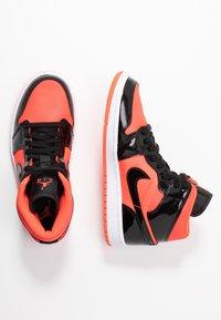 Jordan - AIR 1 MID  - Baskets montantes - bright crimson/black - 3