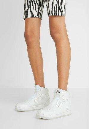 AIR 1 NOVA  - Sneaker high - white/black