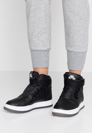 AIR 1 NOVA  - Höga sneakers - black/white