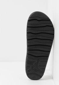 Jordan - BREAK - Mules - metallic silver/black - 4