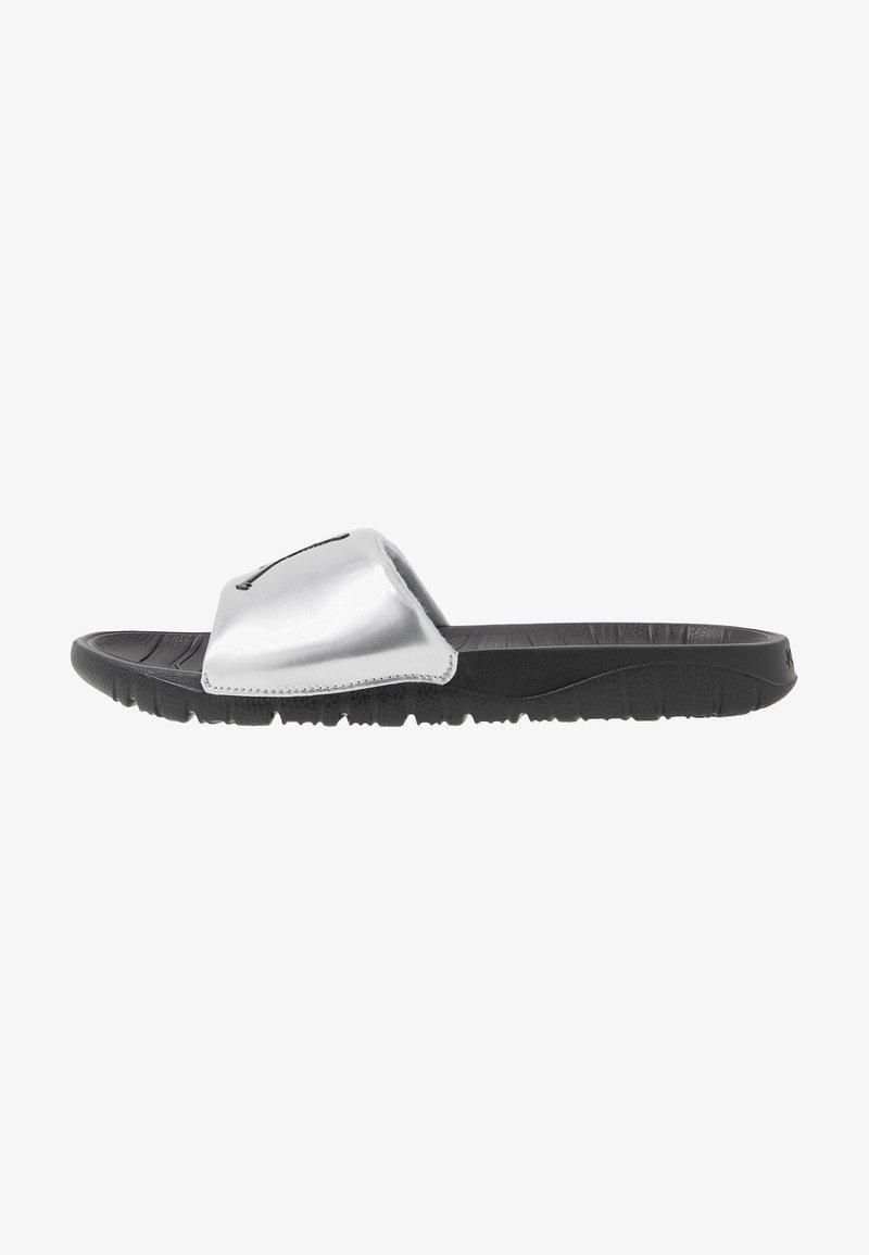Jordan - BREAK - Mules - metallic silver/black