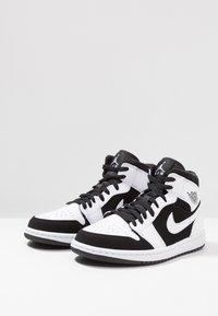 Jordan - AIR JORDAN 1 MID - High-top trainers - white/platinum - 2