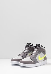 Jordan - AIR JORDAN 1 MID - Zapatillas altas - gunsmoke/volt/neutral grey/white/black - 2