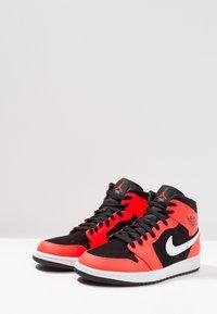 Jordan - AIR JORDAN 1 MID - High-top trainers - red - 3