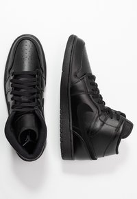 Jordan - AIR 1 MID - Sneakers alte - black - 1