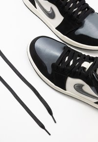 Jordan - AIR 1 MID SE - High-top trainers - black/smoke grey/sail - 5