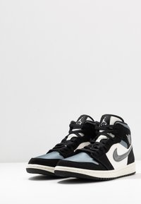 Jordan - AIR 1 MID SE - High-top trainers - black/smoke grey/sail - 2