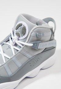 Jordan - 6 RINGS - Høye joggesko - cool grey/white/wolf grey - 5