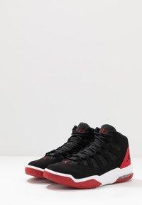 Jordan - MAX AURA - Höga sneakers - black/gym red - 2