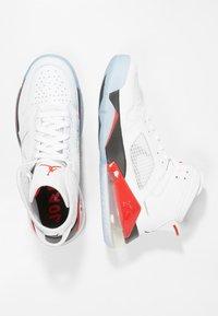 Jordan - MARS 270 - Höga sneakers - white/reflect silver/fire red/black - 1