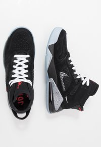 Jordan - MARS 270 - Korkeavartiset tennarit - black/reflect silver/fire red/white - 1