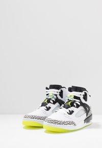 Jordan - SPIZIKE  - Scarpe skate - white/volt/black - 2