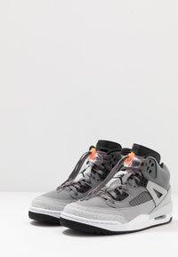 Jordan - SPIZIKE  - Chaussures de skate - cool grey/black/wolf grey/pure platinum/white/total orange - 3