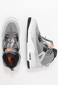 Jordan - SPIZIKE  - Chaussures de skate - cool grey/black/wolf grey/pure platinum/white/total orange - 2