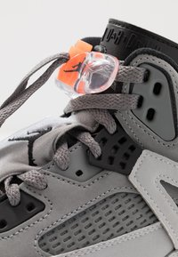 Jordan - SPIZIKE  - Chaussures de skate - cool grey/black/wolf grey/pure platinum/white/total orange - 8