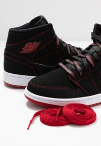 Jordan - AIR JORDAN 1 MID  - Sneakers alte - black/gym red/white - 5