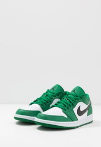 Jordan - AIR 1 - Tenisky - pine green/black/white - 2