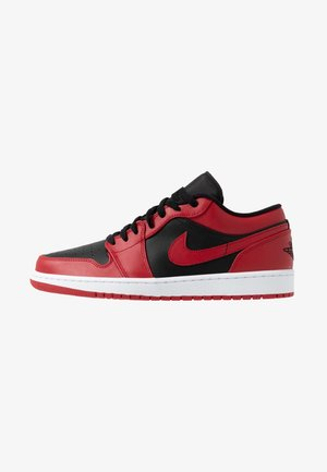 AIR 1 - Matalavartiset tennarit - gym red/black/white