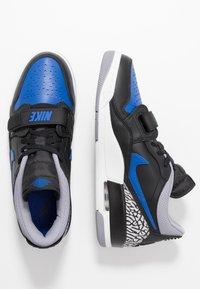Jordan - AIR LEGACY 312 - Sneakers laag - black/game royal/white/team orange - 1