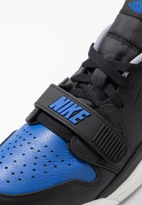 Jordan - AIR LEGACY 312 - Sneakers laag - black/game royal/white/team orange - 5