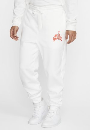 JUMPMAN CLASSICS - Tracksuit bottoms - white/red