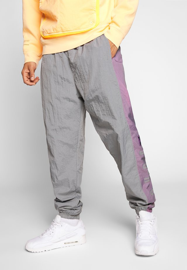 Jogginghose - smoke grey/frosted plum