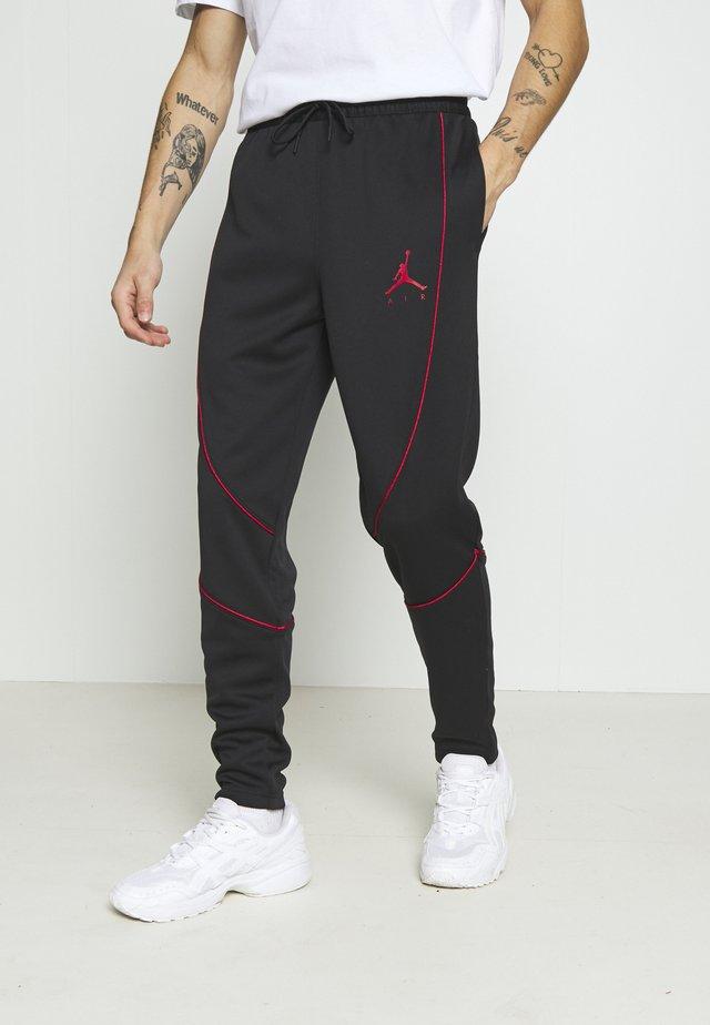 JUMPMAN AIR SUIT PANT - Pantalon de survêtement - black/gym red