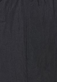 Jordan - JUMPMAN POOLSIDE - Shortsit - white/gym red/black - 2