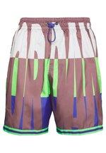 WINGS  POOLSIDE - Shorts - green strike/rush violet/rush violet