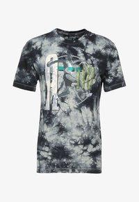 Jordan - TEE AIR JORDAN WASH - T-shirt med print - spruce fog/black - 3