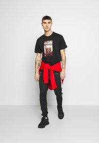 Jordan - CHIMNEY - T-shirt imprimé - black - 1