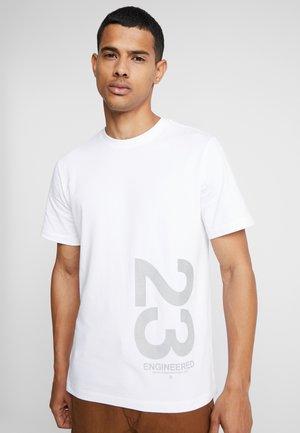 CREW TEE - T-shirt med print - white
