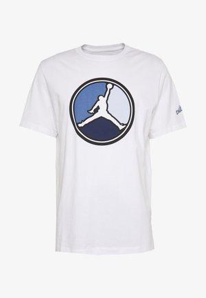 REMASTERED CREW - T-shirt imprimé - white/hydrogen blue
