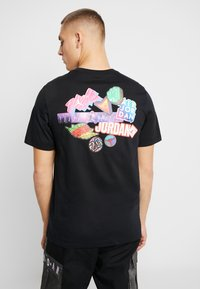 Jordan - STICKER MASH CREW - T-shirt con stampa - black - 2