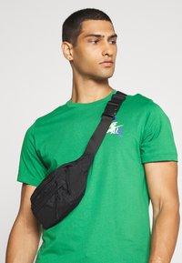 Jordan - JUMPMAN GRAPHIC  - T-shirt z nadrukiem - green - 3